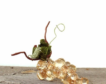 vintage table grapes in champagne hard plastic, faceted plastic . dining decor, vintage kitchen decor, decorative grapes display