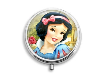 Snow White Pill Box, Princess Pill Case, Pill Container, Mints Container, Trinkets Box, Jewelry Box (P028)