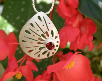 Garnet Necklace Spring Jewelry, Sterling Silver Necklace Mother's Day Gift For Her, Red Garnet Pendant Silver Lace Necklace MADE TO ORDER