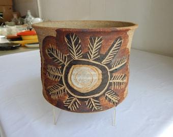 Beautiful Mid Century Modern Boho Chic Studio Art Pottery Ceramic Planter Flower Pot Hand Made Bohemian Stoneware Signed