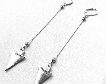 Chic Rope Chain Dangle Earring with Leather Triangle Detail. Part of the Tribal Council Collection. FAST shipping w/Tracking for US Buyers.