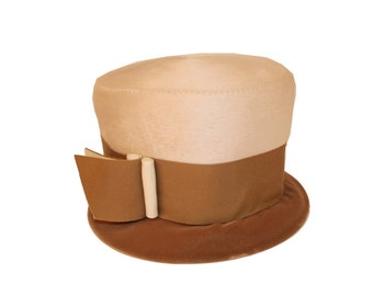 Vintage Ladies Top Hat, 1920s Style, Brown, Tan Felt with Oversized Ribbon & Buckle Trim