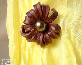Jewelry brooch, Leather brooch, Flower brooch, Nature jewelry, Nature brooch.