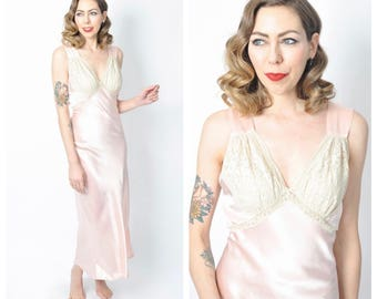 Vintage 1930's/ 1940's Pale Pink Satin and Lace Slip/ 30's 40's Nightgown Lingerie Size Medium/Large