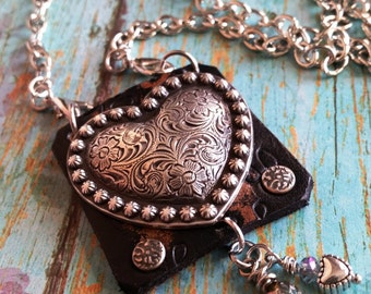 Silver HeArT Pendant Necklace> Romantic Jewelry/ Rustic Heart Necklace/ Heart Jewelry/ Boho Jewelry/ Heart Necklace/ Feminine/ Long Necklace
