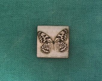Black and White Butterfly Wooden Needle Minder
