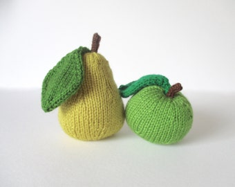 Apple and Pear toy knitting patterns