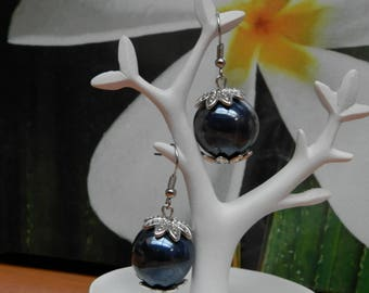 Blue Blueberry (earrings in silver metal and glass)