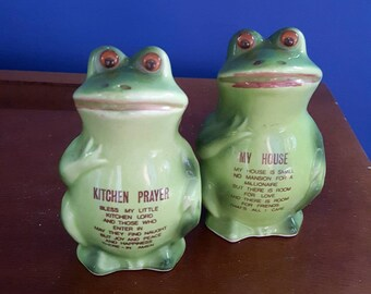 Vintage Frog Salt and Pepper Shakers from Japan, Toad Salt and Pepper Shakers