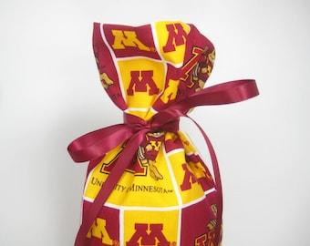 University of Minnesota Class Wrap Wine Gift Bag