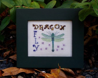 "Counted Cross Stitch Instant Download Pattern ""Dragonfly"" Chart Wings Whimsical X Stitch Spring Summer. DIY Home Decor. Counted Embroidery"