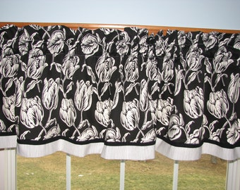 """Sterling Prints Tulips White Black Toile Valance 17"""" x 54"""" Dra Wt Alter Curtain Window Treatment"""