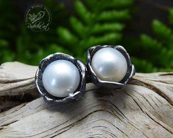White Pearl Stud Earrings, Post Earrings, Metal Clay, Bridal Jewelry, Bridesmaid Pearl Earrings, Freshwater Pearls, Wedding Earrings