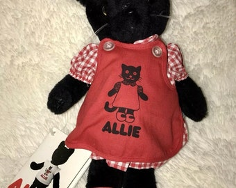Joshua and friends Allie cat nwt