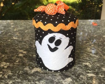 jar brings candy for halloween