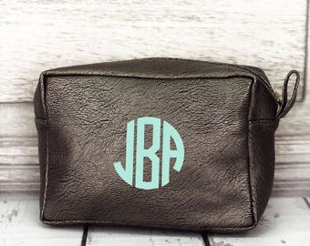 Silver Faux Leather Cosmetic Bag, Monogrammed Makeup Bag, Monogrammed Clutch, Monogrammed gift, Personalized Bag, Bridesmaid Gift