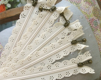 Ivory Lace Zippers, Scollaped Trim Zippers, 9 inches Zippers for Purse 5 pcs