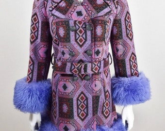 Vintage 1960's 70's AzTeC TriBal CarPet TaPeStrY Purple SHEARLING Fur TriMMeD LuXury HiPPiE BoHo Coat M