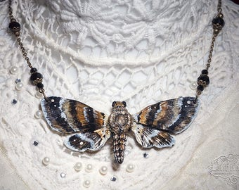 Moth Necklace 10cm