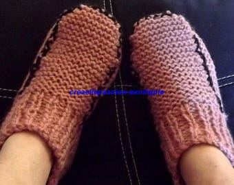 adult shoes, old rose color border with Black Interior, size 37/40 hand knitted