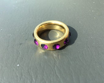 FREE SHIPPING goldtone ring with purple stones jewelry