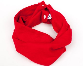 Red flannel baby infinity scarf, Scarlet toddler scarf, Baby gift, Winter cowl, Red baby photo props, Little neckwarmer, Scarf with snaps