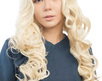Naomi - 28'' Wig Center Parted Wig with Long Layered Curls and No Bangs
