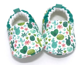 Cactus Baby Shoes, Baby Shower gift, Soft Sole Baby Shoes,  Cactus Baby Booties, Toddler slippers, baby moccasins, vegan baby