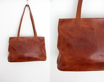 Vintage Bag // Brown Leather Shoulder Bag