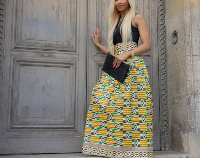 Long skirt in wax with pockets