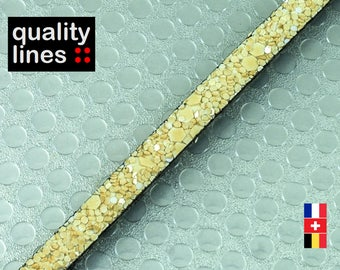 X 18 cm, 5mm flat leather pastel yellow glitter, 18 cm is big enough for a bracelet up to size XL