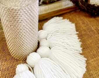 White Yarn Tassels, Tassel Garland, White Tassel Garland, Home Decor, White Tassel Wall Hanging, Wall Decor  6 Ft. Garland or Individually