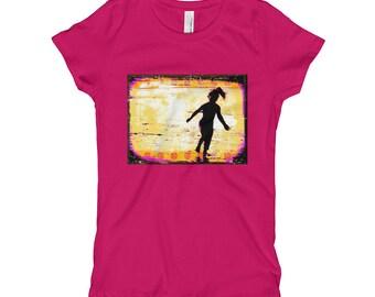 Girl on Beach Girl's T-Shirt -Raspberry, Black