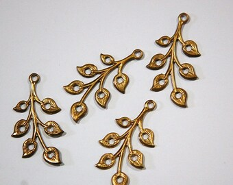 7 Hole Raw Brass Leafy Branch Charm Drop Pendant (4) mtl290A