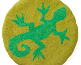 Little Gecko Garden Cushion
