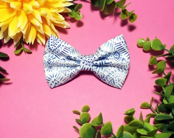 DAHLIA. Pet Bowtie Bow - Bow Tie - Cat - Dog Bowtie - bow tie for dog and cat - Bow loop to animals