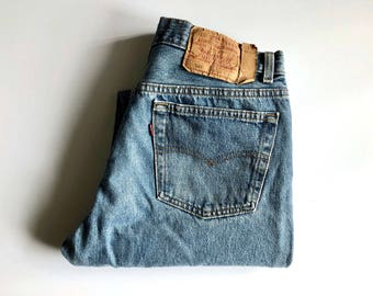 Vintage Men's 80's Levi's 501 Jeans, Red Tab, Denim (W32)