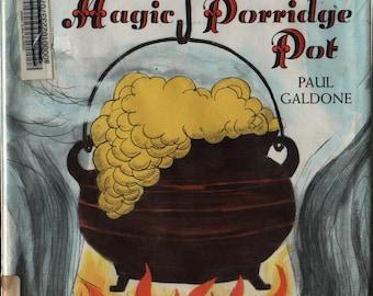 The Magic Porridge Pot + Paul Galdone + 1976 + Vintage Kids Book