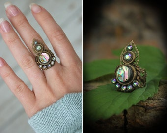 Elven ring, Abalone shell ring, Earthy Leaf ring, leaf jewelry, gemstone ring, Paua shell ring, fantasy jewellery,woodland leaf ring, fairy
