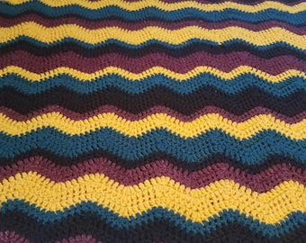 Chunky 3-2-1 Chevron Crochet Throw Blanket