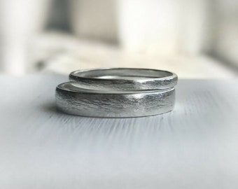 Rustic wedding band set - Made to order - Available in Sterling Silver, customizable in Gold. Wedding bands His and Hers