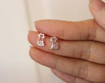 Cute Sterling Silver Cat Stud Earrings, Animal Stud Earrings, Kitty Earrings, Children Earrings, Tiny Stud Earring, Silver Stud Earring