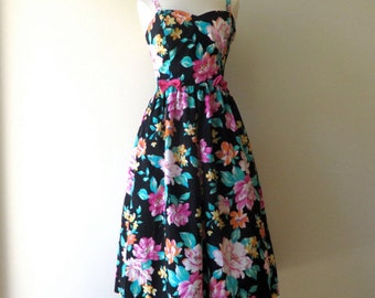 "Vintage 1950's/Floral Print Fit and Flare Dress/Full Skirt Garden Party Dress/50's Style/Lanz/28"" Waist/Small-Medium"