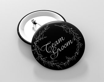Groom's bachelor party accessories - Pins