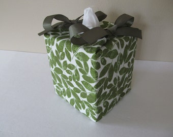 Tissue Box Cover/Leaf