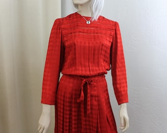 Vintage Red Dress Albert Nipon Size Small/Medium