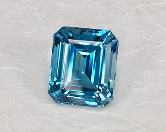 Blue Topaz, Octagon Stepped Facet Gemstones, loose gemstone, 73.2 cts, large blue gemstone