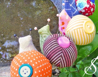 Escargot: A snail pincushion pattern