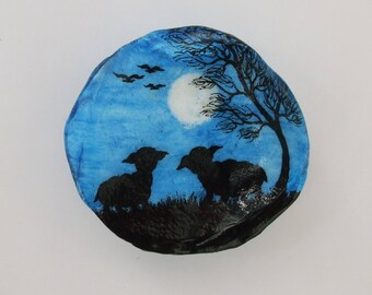 Sheep Gift: Black Sheep Painting on Shell, Sheep Silhouette, Hand Painted Seashell, Sheep Magnet, Lamb Miniature Painting, Sheep Moon Tree