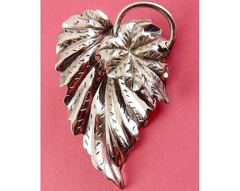 Vintage Sterling Silver Layered Ivy Leaves Pin